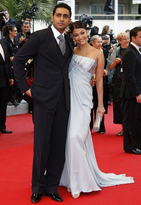 Aishwarya Rai Bio Height Age Husband Children Favorites Net Worth Indian Celebrities Aishwarya Rai Bachchan Strapless Dress Formal
