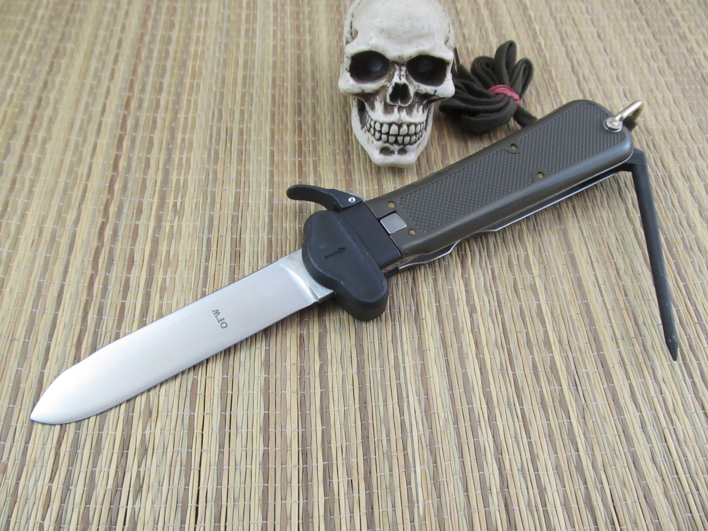 Bund German Paratrooper Gravity Knife Sword Tools