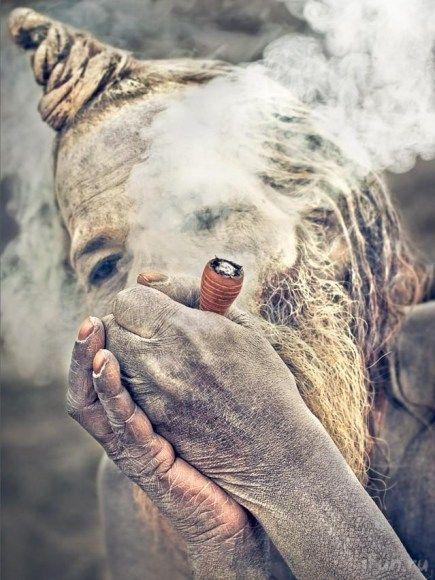 weird_smoker2_anth0nyc