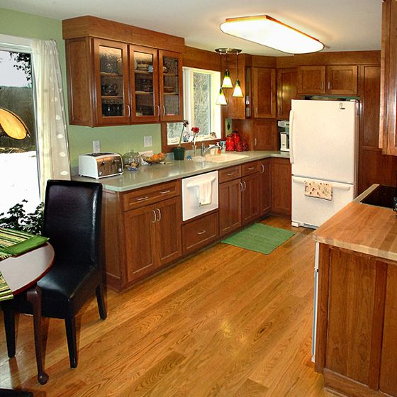 Solid Red Oak Hardwood Flooring Is A Kitchen Classic