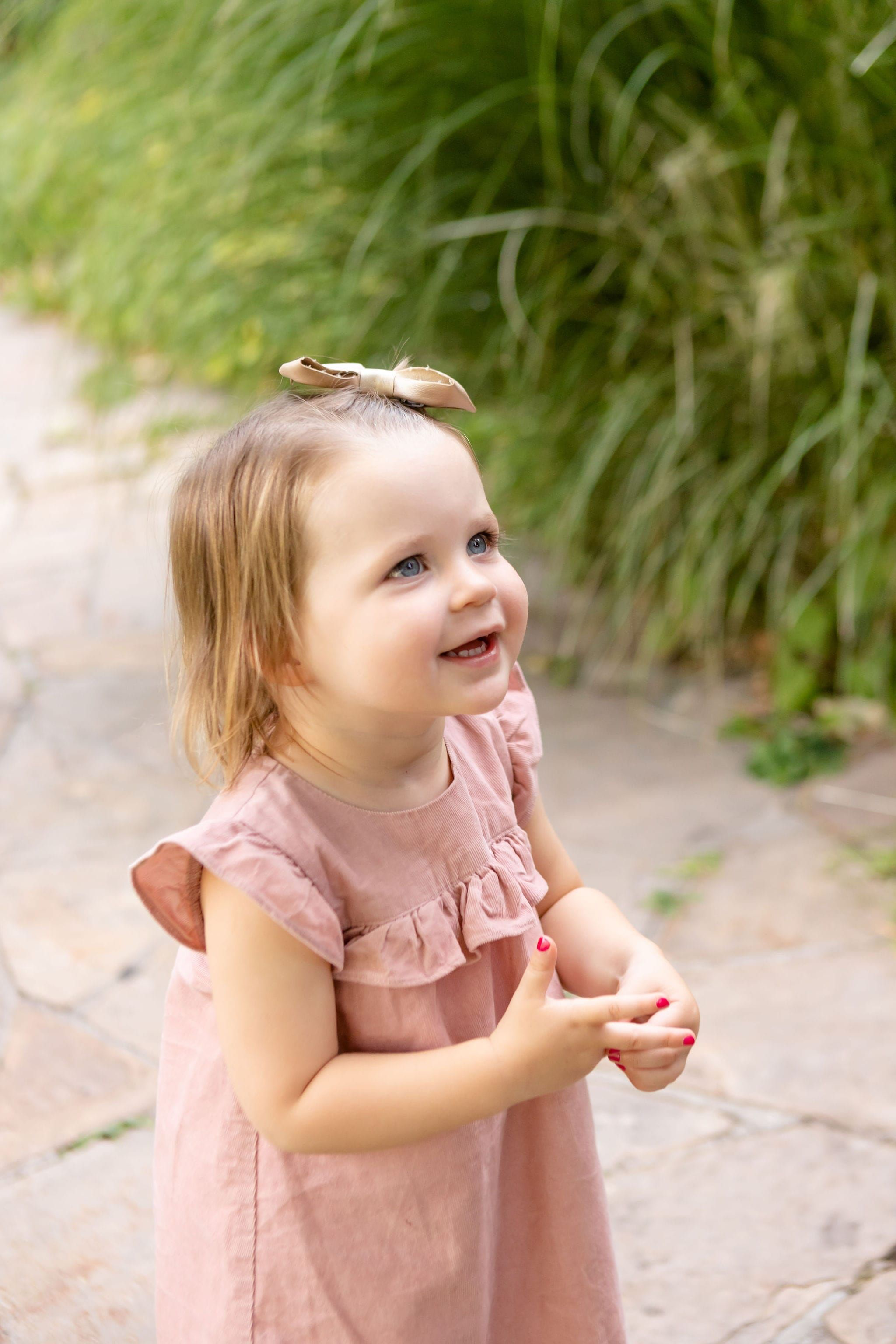 71e6626a5d5a4ced80a104fa35f1b41d - How To Get A Toddler To Smile For Pictures
