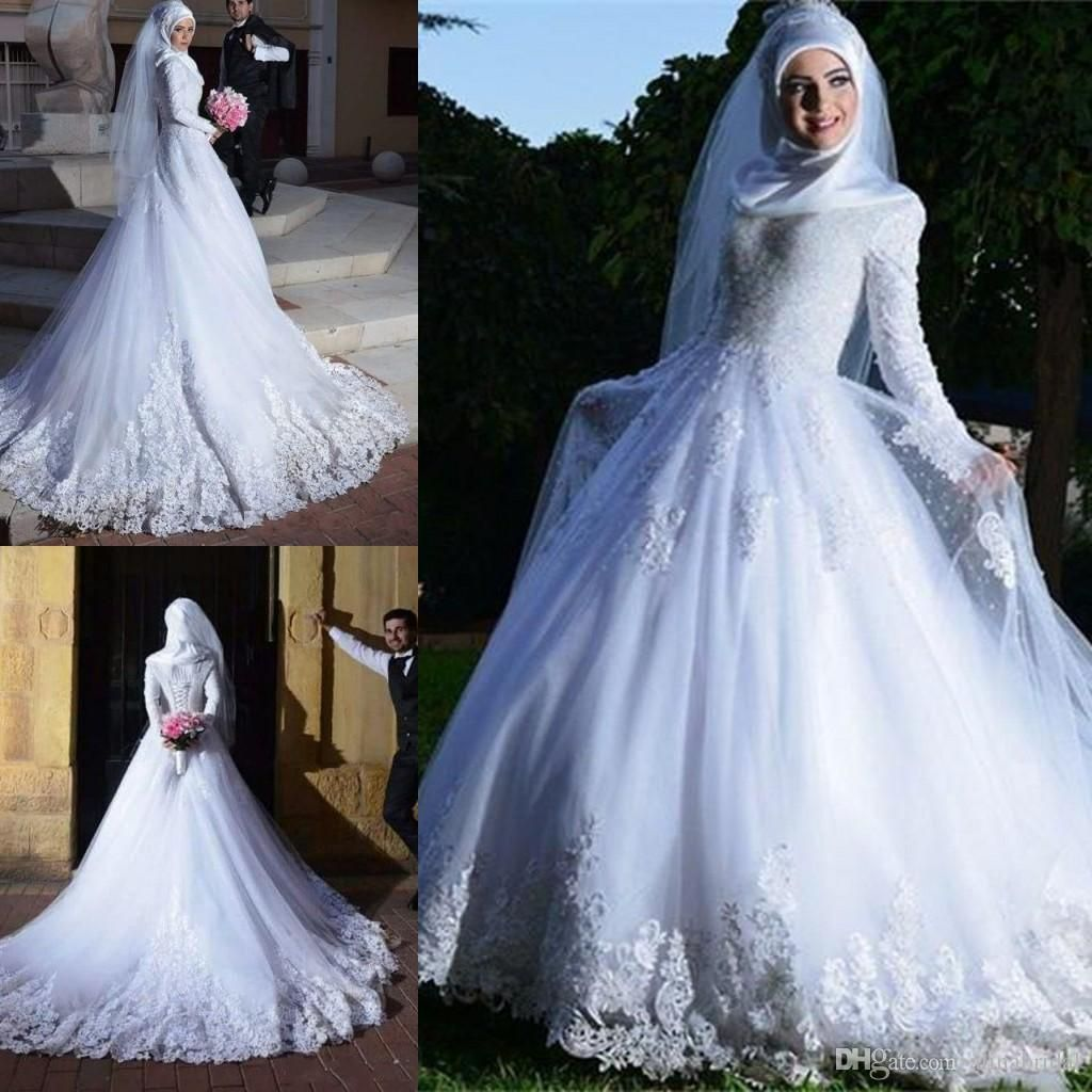 Muslim long sleeves lace wedding dresses with applique lace aline