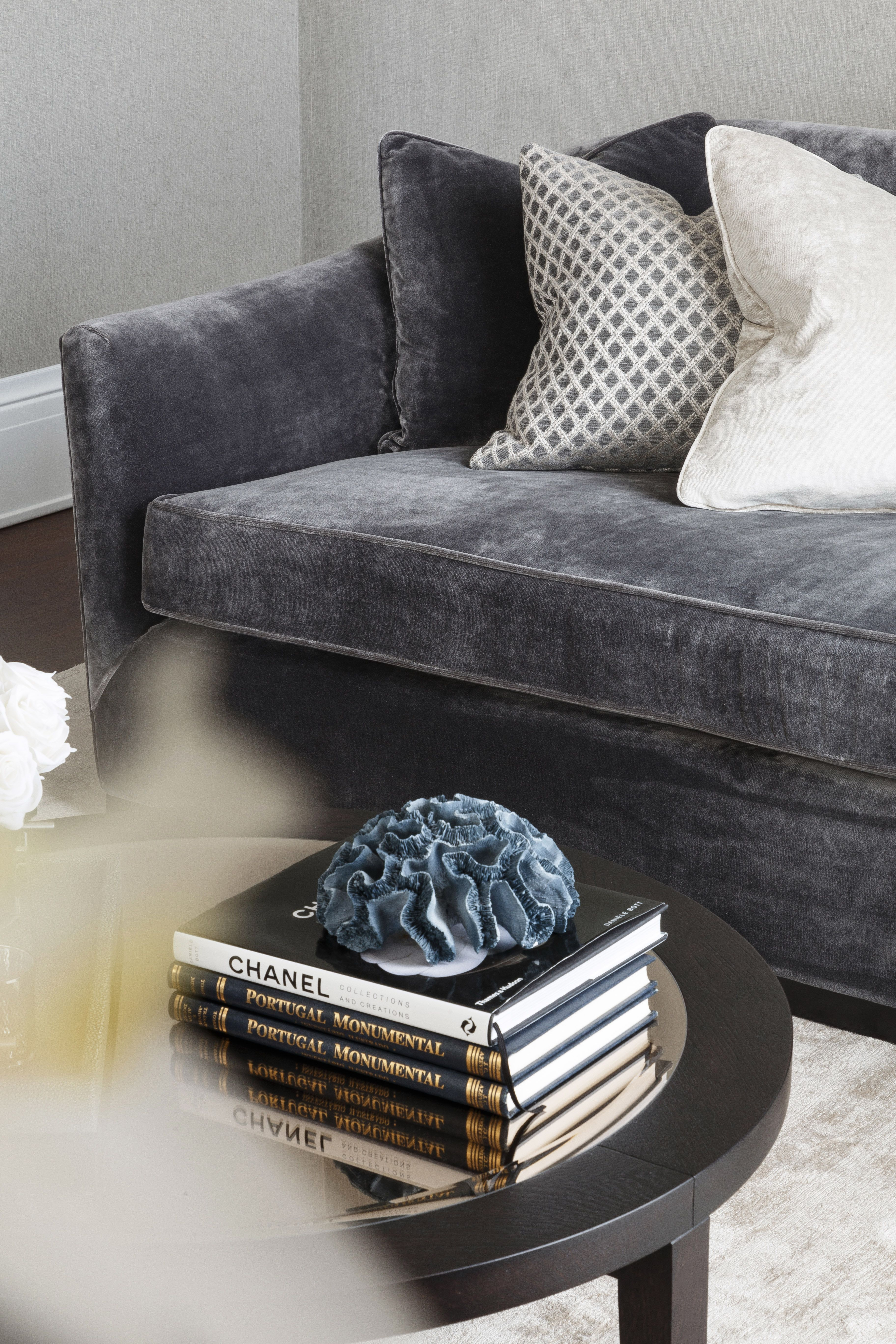 Richard Luxury Sofa Sofa Luxury Furniture