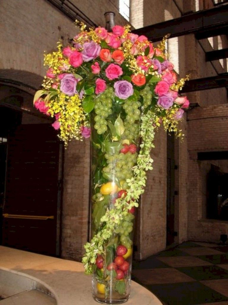 44 Lovely Fruit Flower Arrangements For Table Decorating Inspiration Flower Arrangements Fresh Flowers Arrangements Modern Flower Arrangements