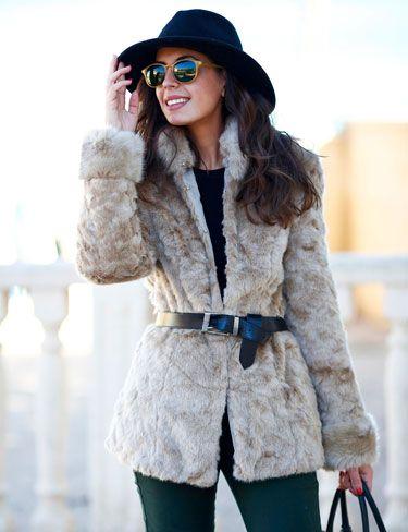 565697eb1 1sillaparamibolso Abrigo de pelo beige | style | Abrigos de pelo ...