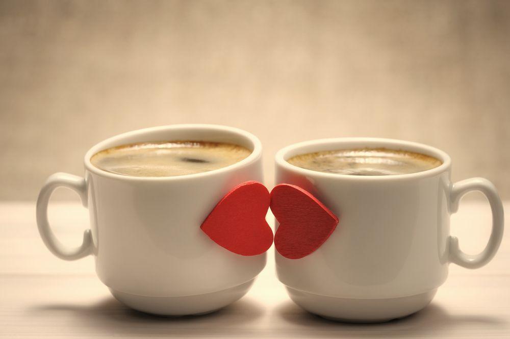 فوائد التقبيل على العلاقة كرز Mimos