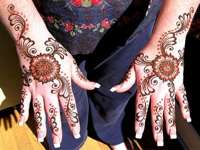 Mehndi tattoo inspiration (henna)