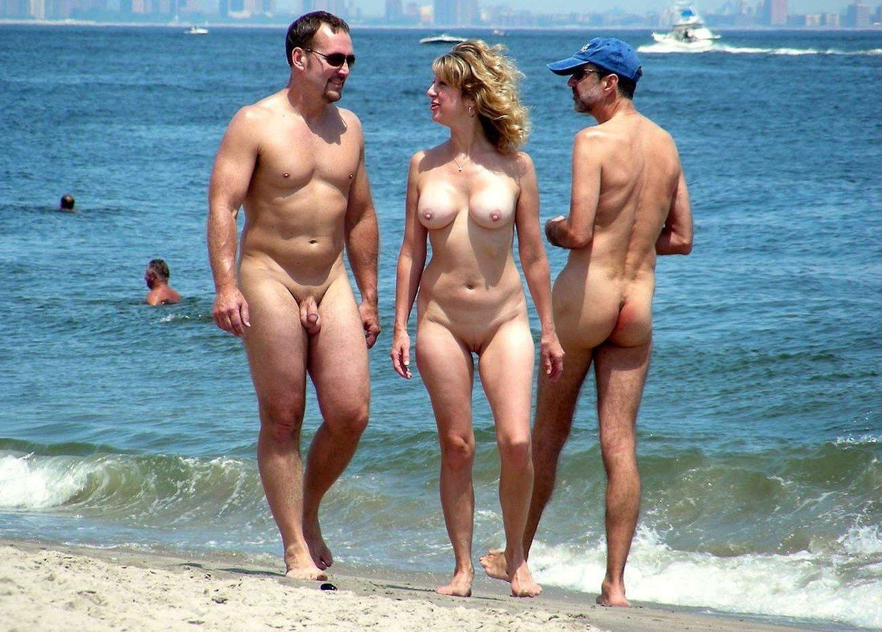 Interesting. Prompt, beautiful nude couples at beach more detail
