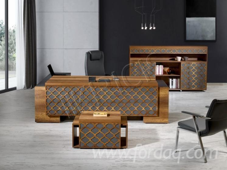 Meubles De Bureau Professionnel Et Bureau Prive Office Furniture Design Office Table Design Office Interior Design