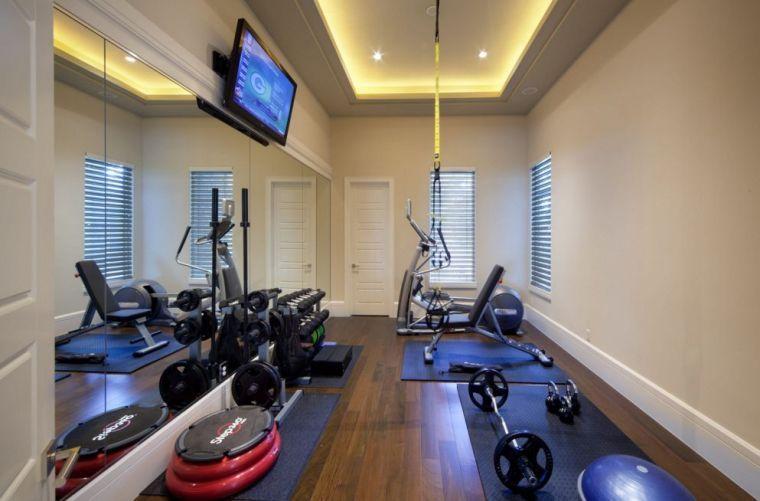 la salle de gym maison en 52 id es et exemples pratiques et originales ma salle de gym fitness. Black Bedroom Furniture Sets. Home Design Ideas