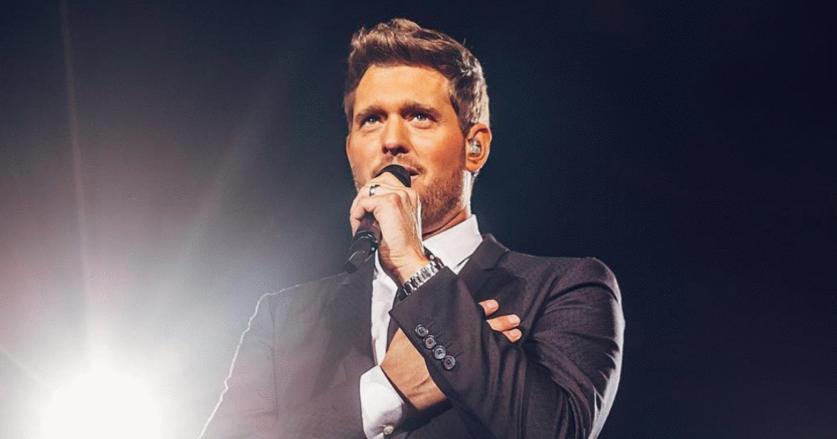 Michael Buble's Net Worth Doesn't Just Come From His Christmas Album | Michael buble, Christmas ...