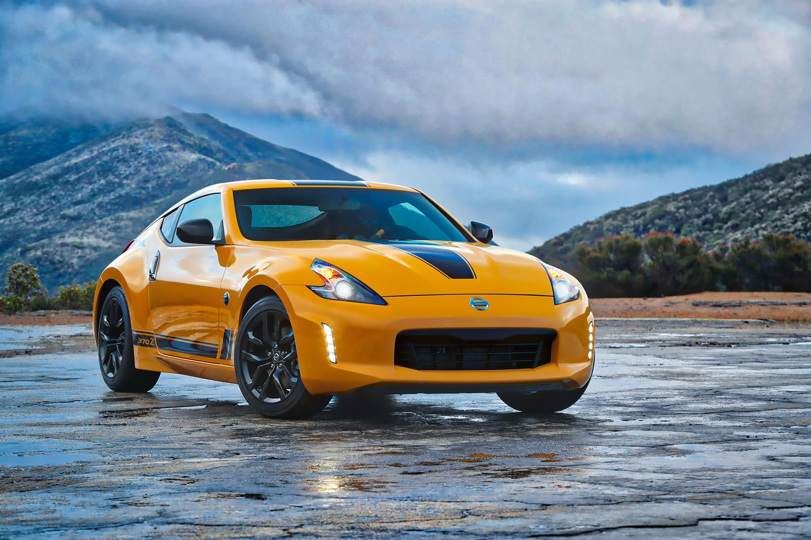 The Nissan 400z Could Be In Trouble Nissan Is Developing A New Z Car That Much Is Certain But Will It Ever Make It To Market In 2020 Classic Cars Datsun Car