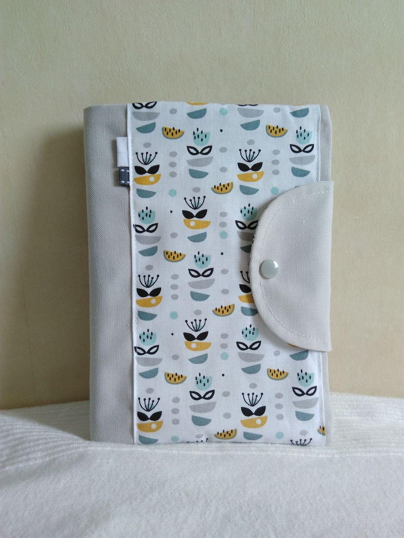 Protège carnet de santé mixte personnalisable gris blanc petits motifs  abstraits gris noir moutarde   Puériculture b99e0d5d76f