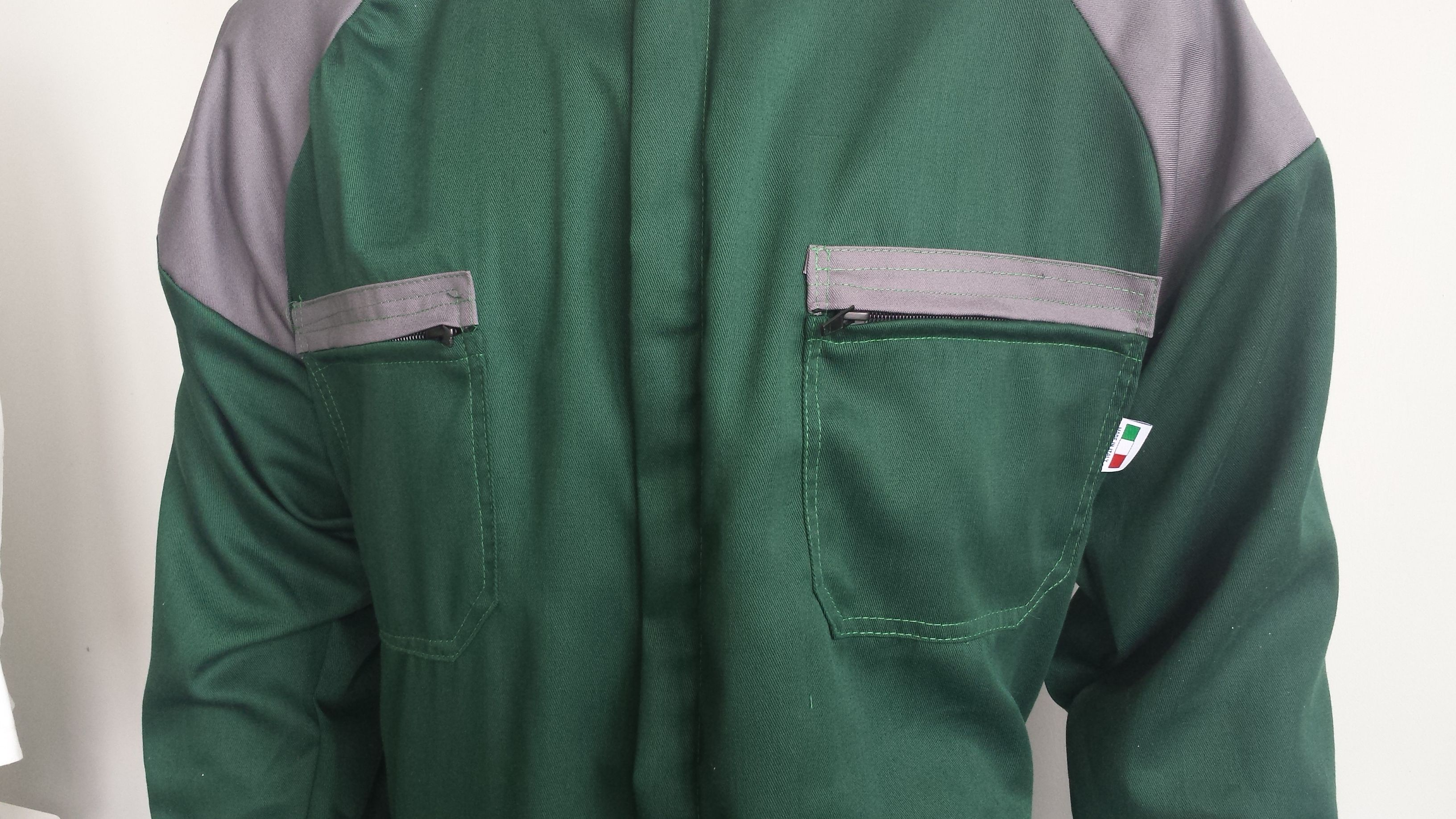 Coverall - Two breast pocket with zip.
