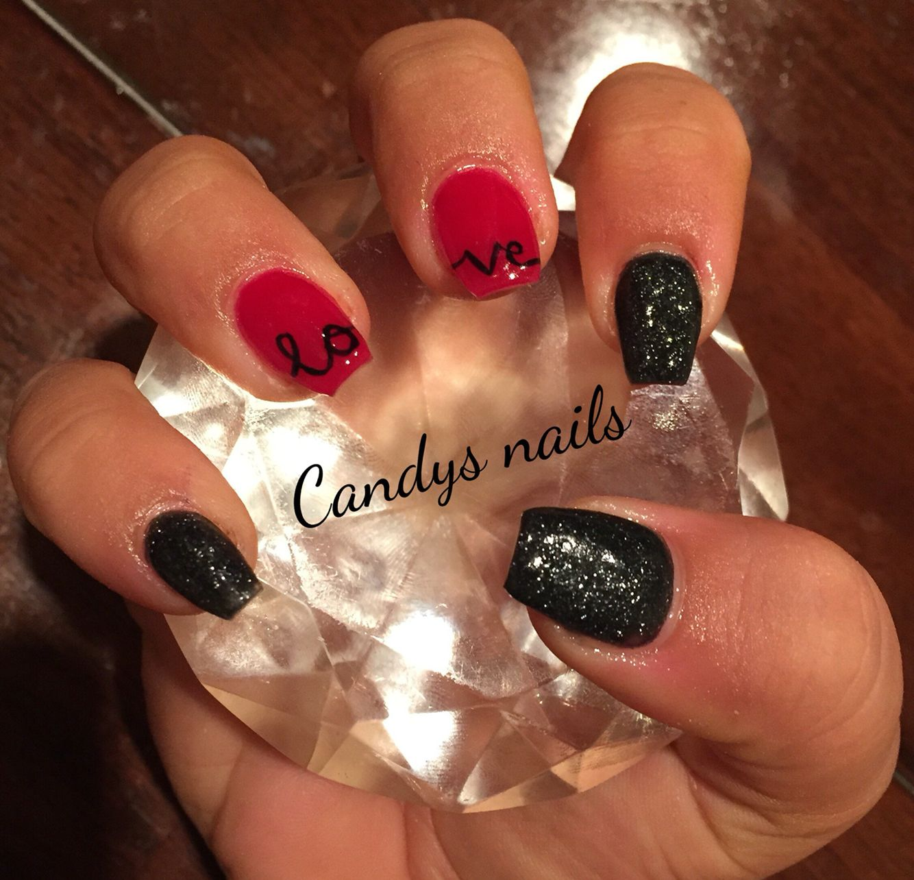Love Black And Red Valentine S Day Coffin Shaped Acrylic Nails Valentine S Day Nails Nail Designs Valentines Valentines Nails