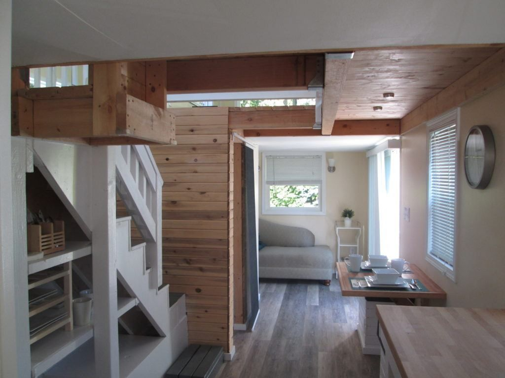 Soon To Be Shown On Hgtv 400 Sq Ft Tiny House Tiny House For