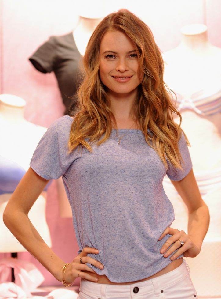 Just When You Thought Victoria's Secret Model Behati Prinsloo Couldn't Get More Perfect, THIS Happened