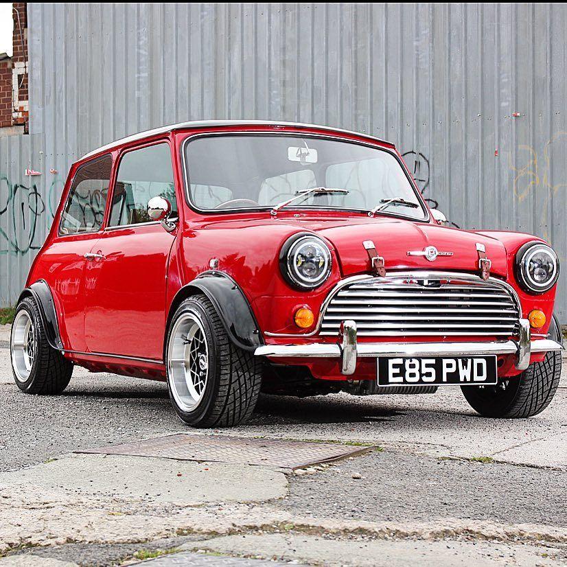 VINTAGE BRITISH RACING /& SPORTS CAR CLUB PIN PARTS mini cooper MORRIS