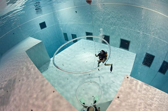 10 Mind Blowing Hotel Pools Around The World Deepest Swimming