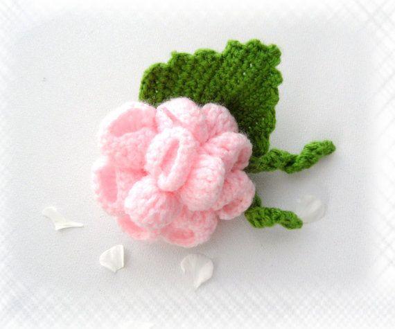 Crochet Brooch  Pink Brooch  Flower Brooch  Pink ♡ by CraftsbySigita