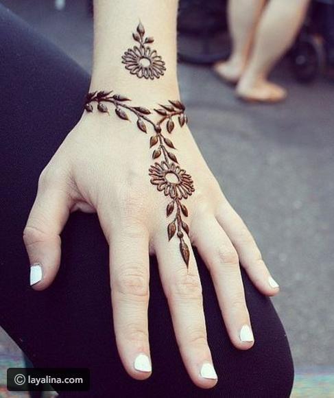 نقش حناء ناعمة Simple Henna Tattoo Henna Tattoo Designs Henna Tattoo Hand