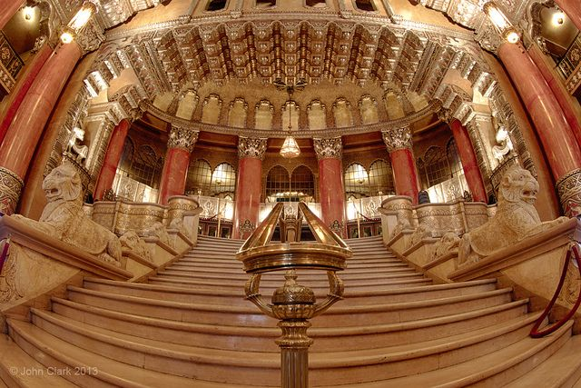 Detroit's Fox Theater Grand Staircase ONE OF THE COOLEST PLACES I'VE EVER BEEN