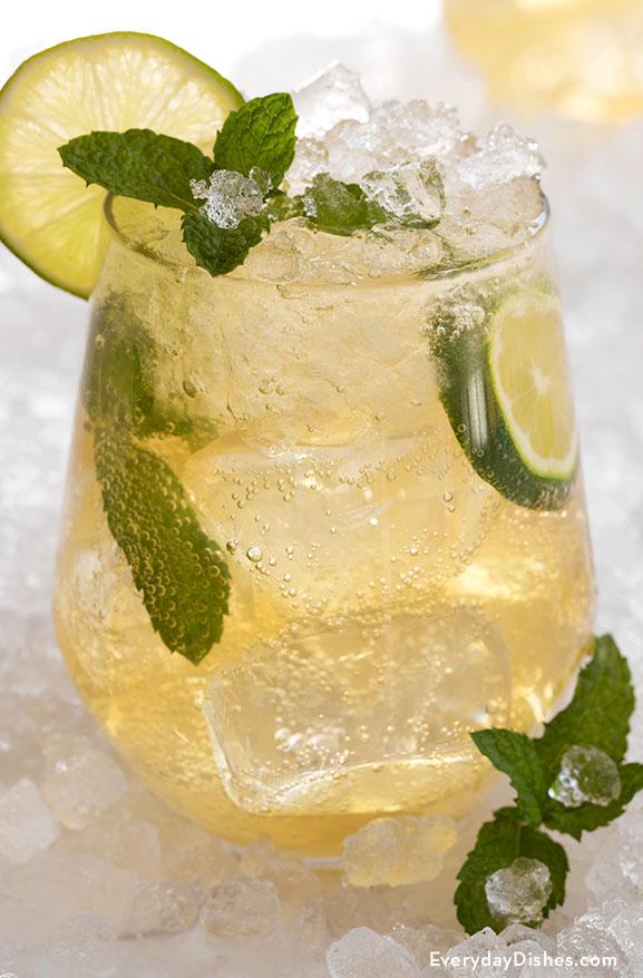 Honey Mint Whiskey Mojito Cocktail Recipe Recipe Mojito Cocktail Whiskey Recipes Mojito Recipe