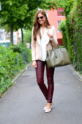 34fcf81e13 suit with leather trousers Structured Bag, Leather Trousers, Office Fashion,  Business Fashion,