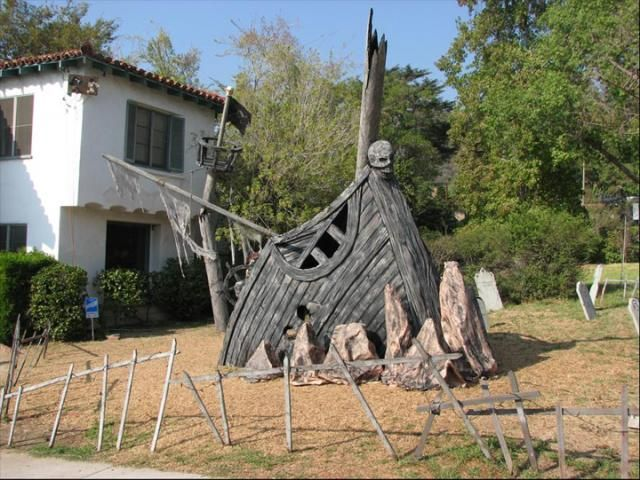 pirate ship in front yard halloween decoration some photos tiki central