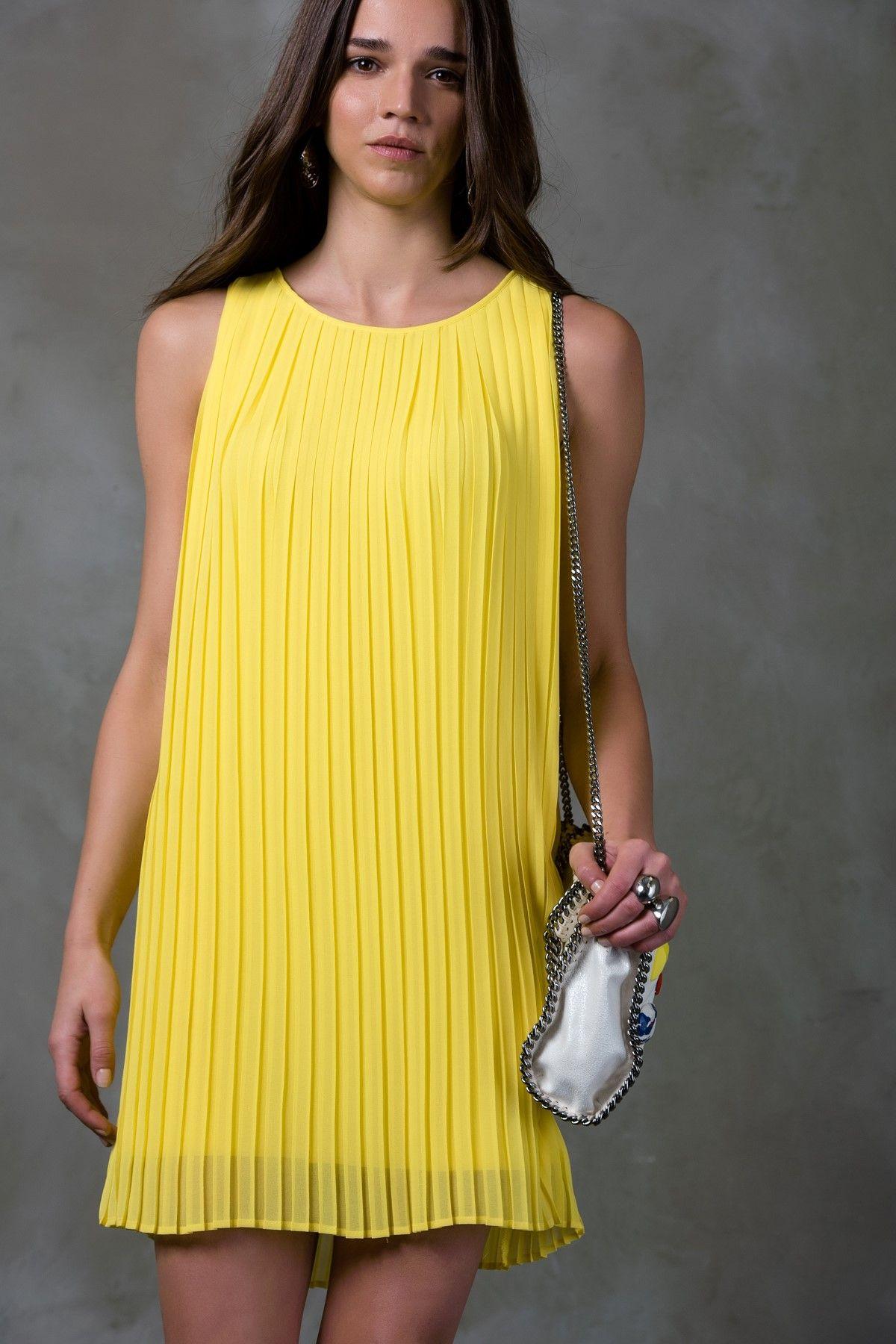 Online Alisveris Sitesi Turkiye Nin Trend Yolu Trendyol Elbise Elbiseler Elbise Modelleri