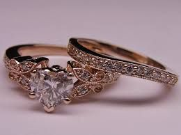 ahh An engagement ring and a matching wedding band that fit together hehe