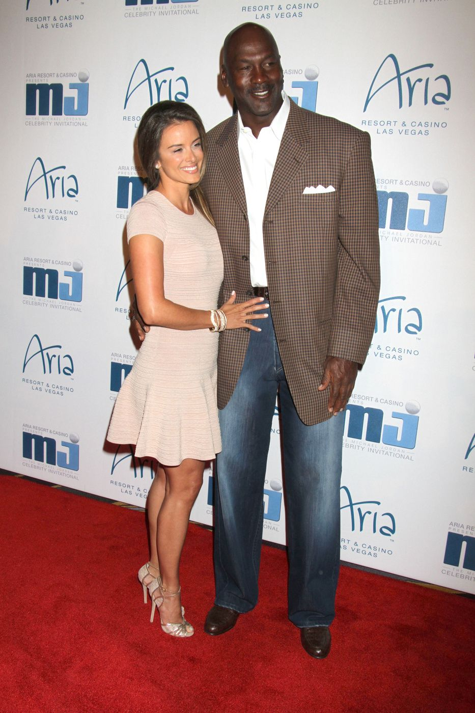 996bbeb8da635 Michael Jordan Expecting Baby with New Wife Yvette Prieto ...