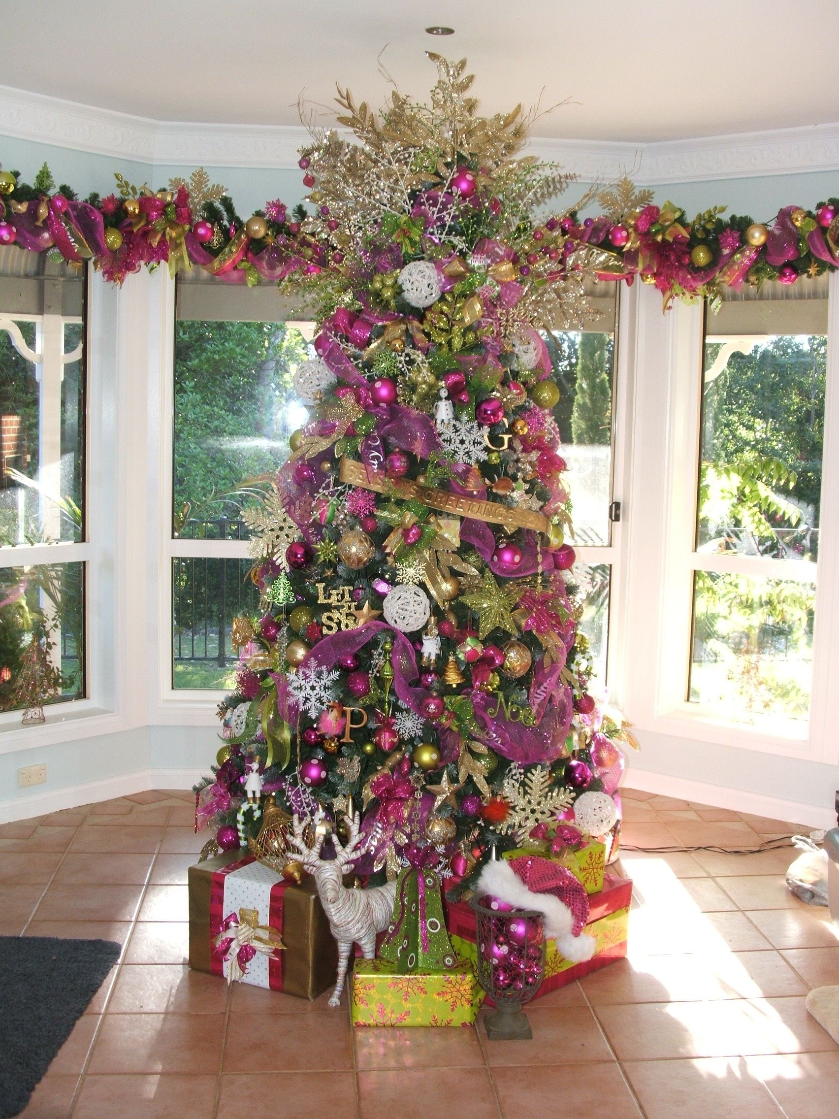 Our Xmas Tree 2016 It S Hot Pink Lime Green Gold Christmas Tree Themes Rose Gold Christmas Pink Christmas Decorations