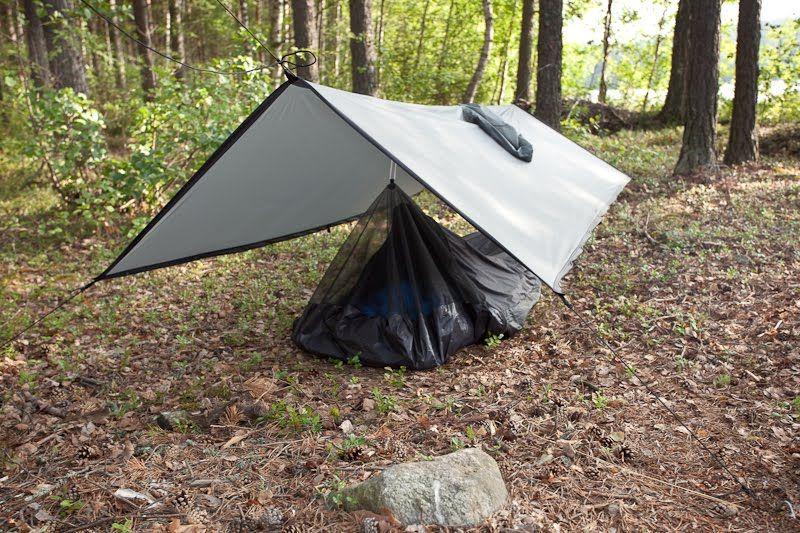 Pin su Camping Tarp Set Up