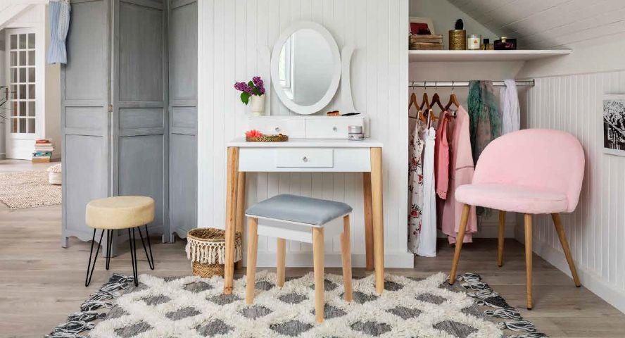 Meubles Et Deco Au Style Boheme Gifi Meuble Deco Mobilier De Salon Mobilier