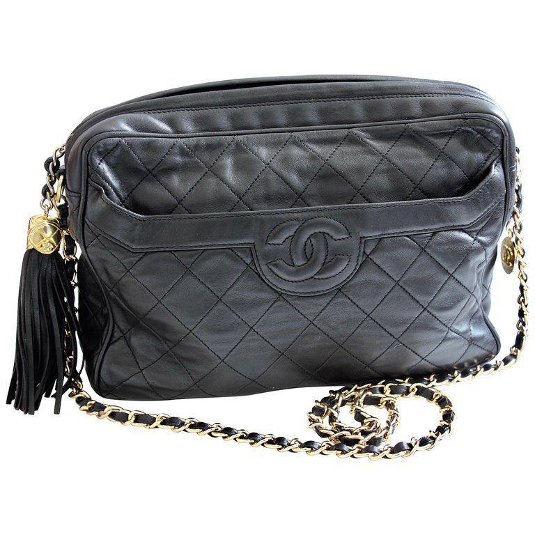 6a92d8fd6918 Vintage Chanel Quilted Shoulder Bag Black Lambskin Leather Matelasse CC  Logo 80s