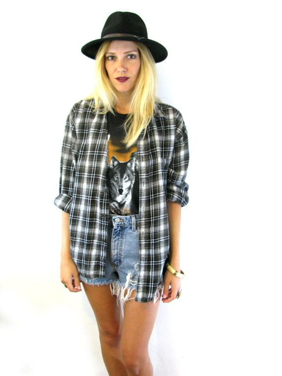 Might try to duplicate this for a dress up day during Homecoming! Tags 90s plaid outfit black ...