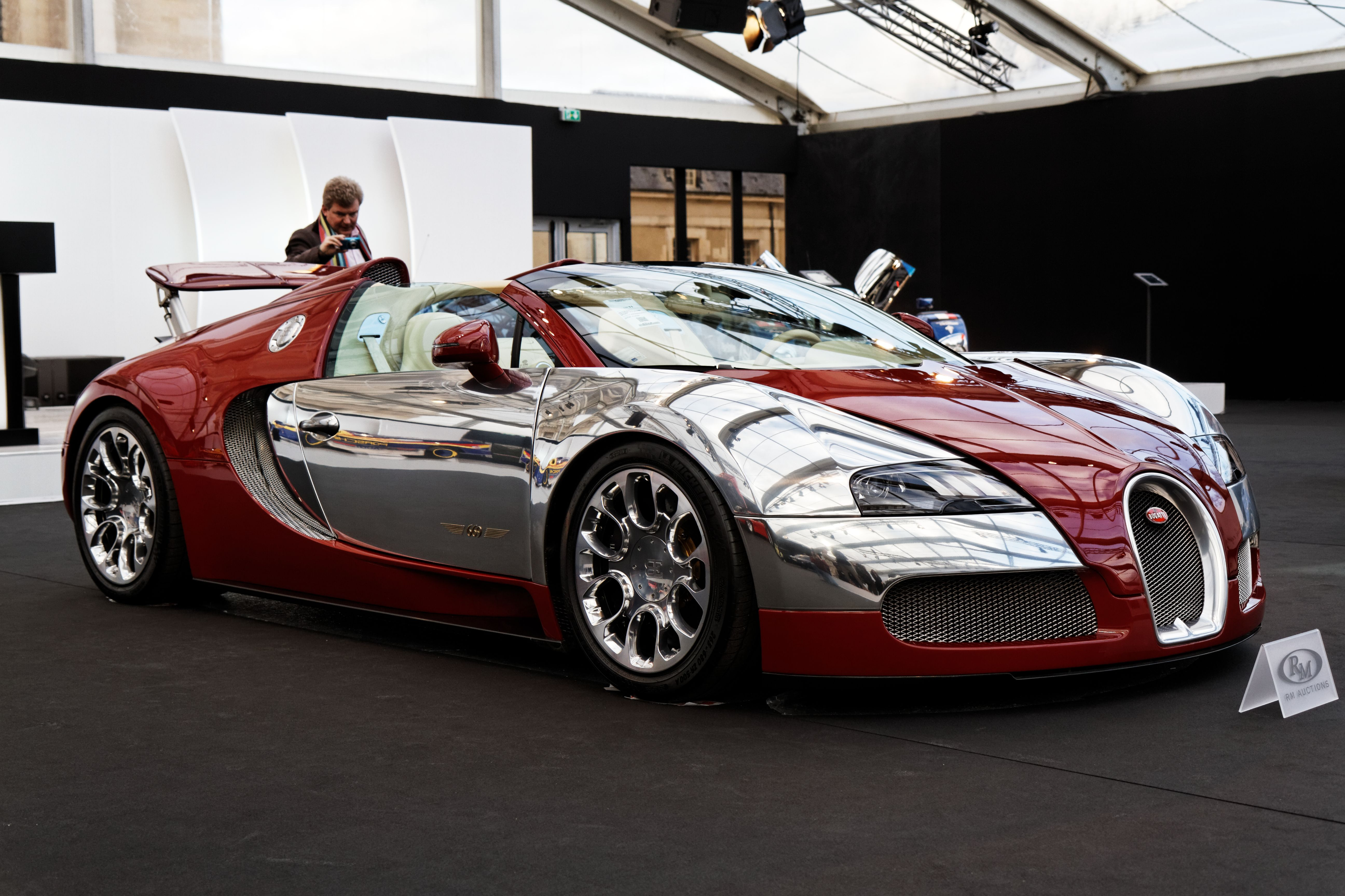 Merveilleux Bugatti Veyron 16.4 Grand Sport