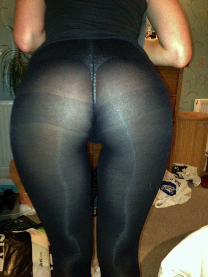Thong Ass tight pic
