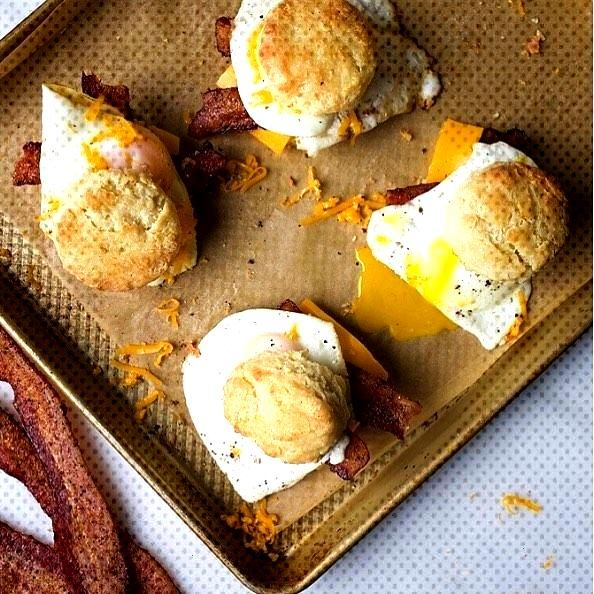 Easy Peezy Breakfast Scones from the Wood and Spoon Blog! Check out @eatmeafrica to watch the full