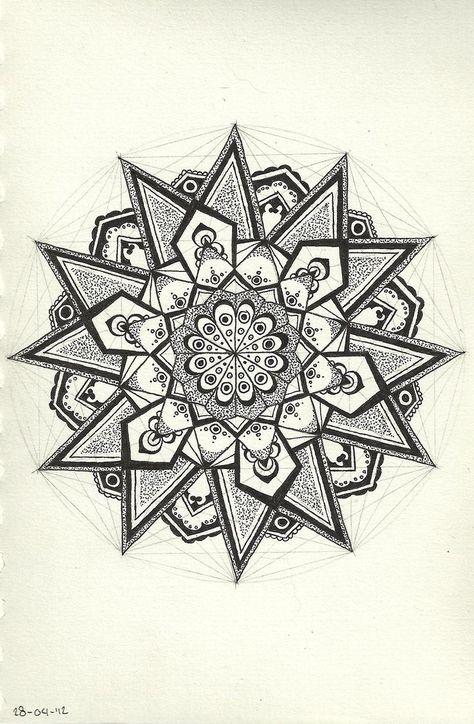 Geometric Mandala https://www.pinterest.com/src4u/mandala | Soleil ...