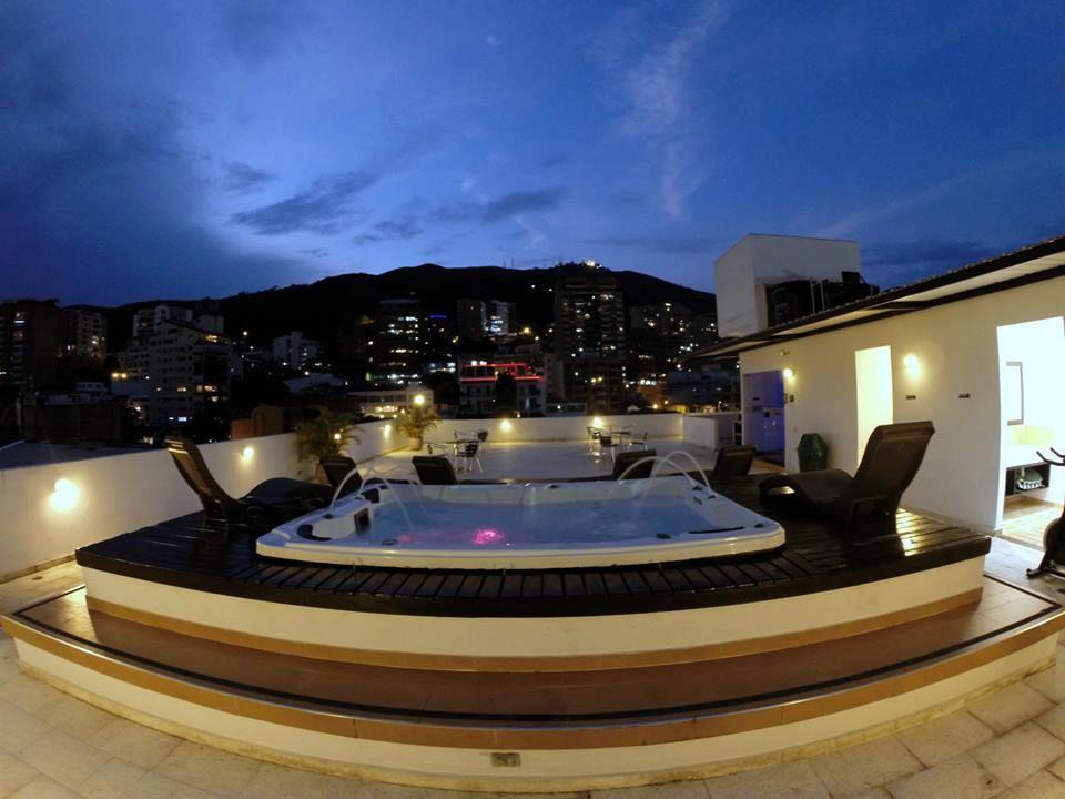 Terraza Clubspa Aqua 360 For The Home House Styles House Home Decor