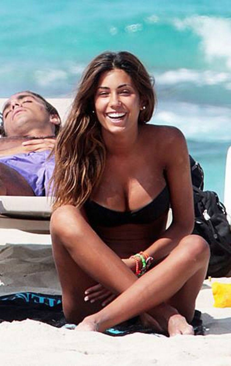 Is a cute Federica Nargi naked (99 images), Paparazzi