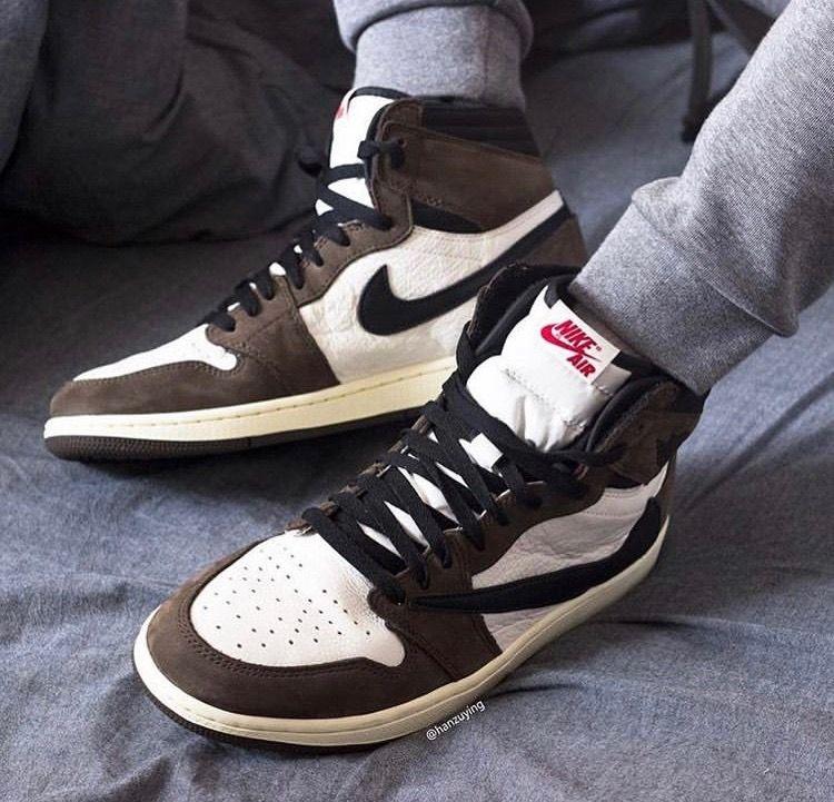 Jordan 1 Travis Scott | Sneakers men