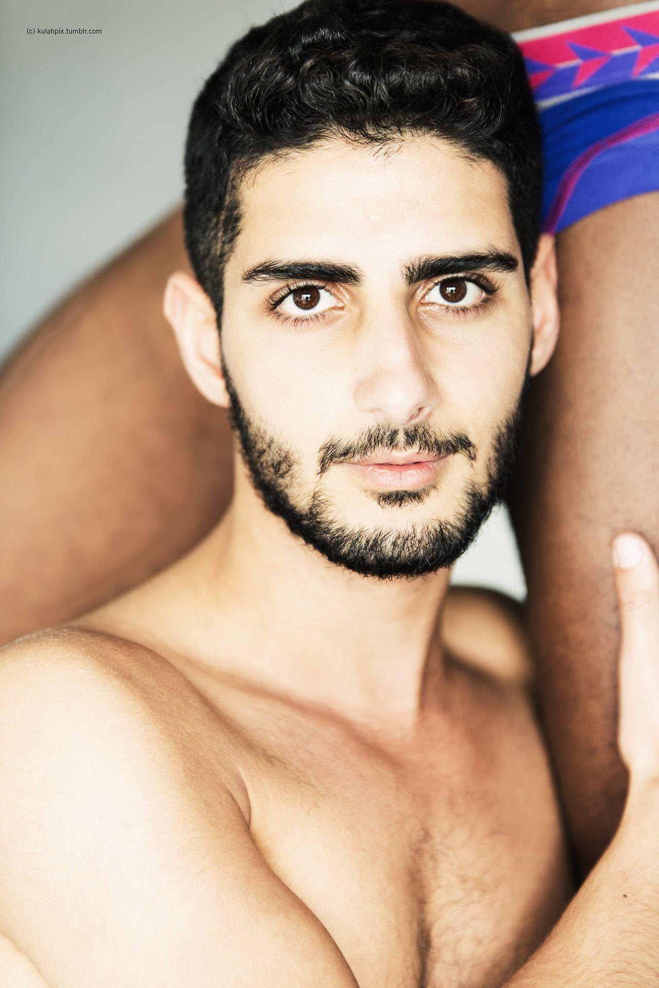 gay pics of thiago