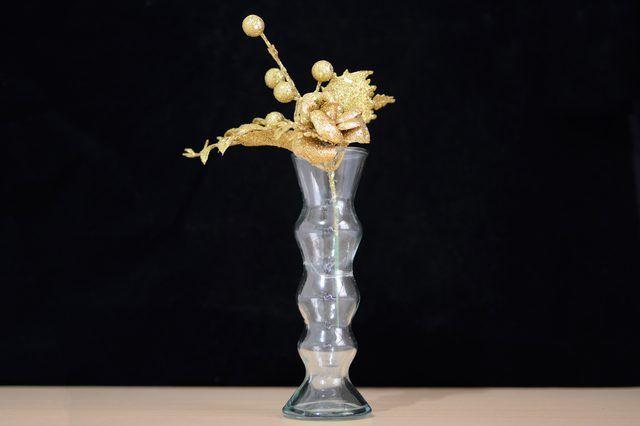 How To Fix Broken Glass Vases