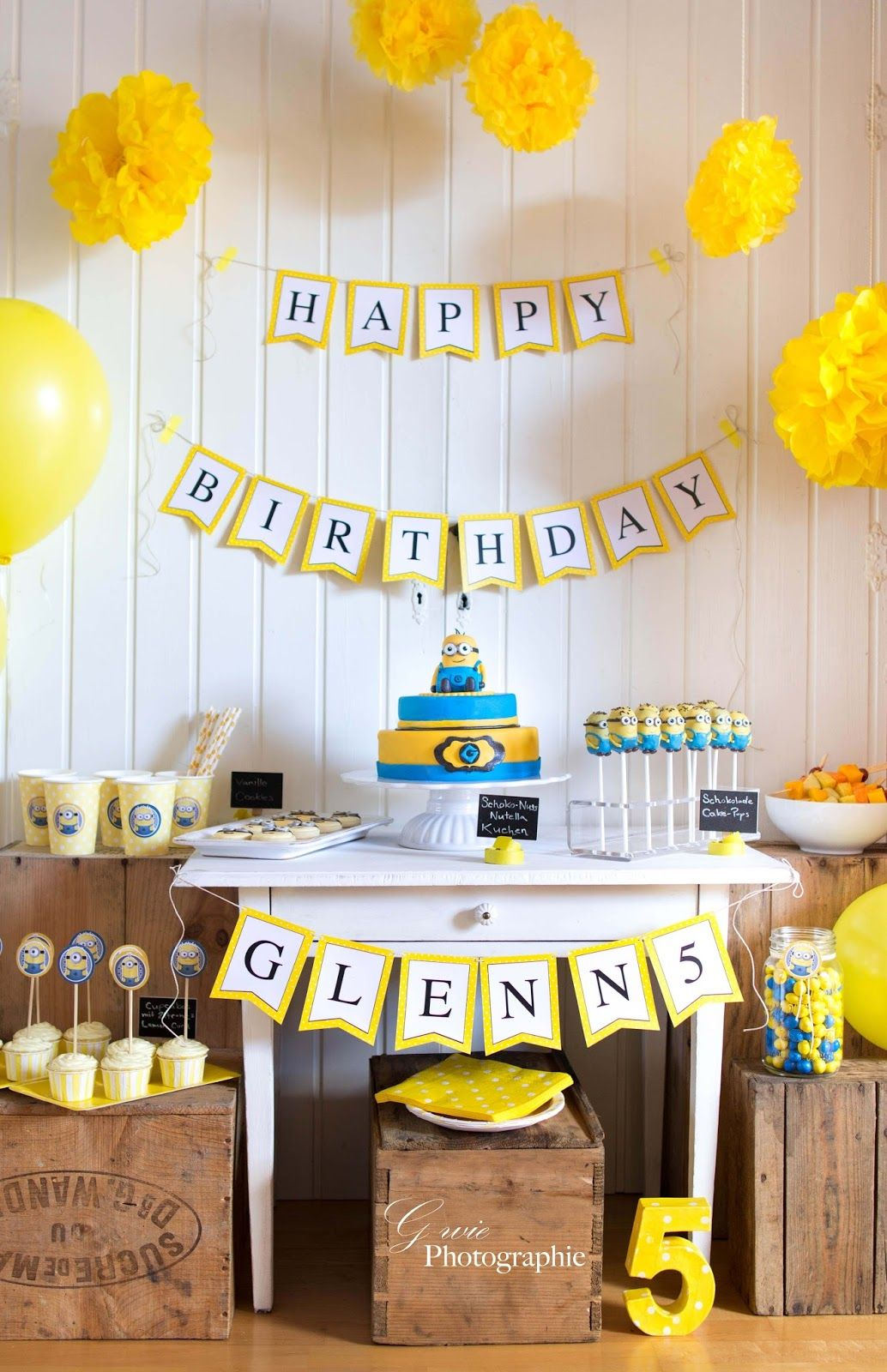 minions sweet table motto party minions geburtstag geburtstagsfeier ideen und geburtstagsfeier. Black Bedroom Furniture Sets. Home Design Ideas