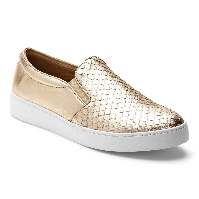 Slip on sneakers, Casual sneakers