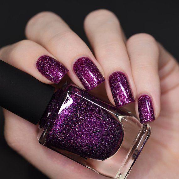 Zoe - Bold Raspberry-Purple Holographic Nail Polis