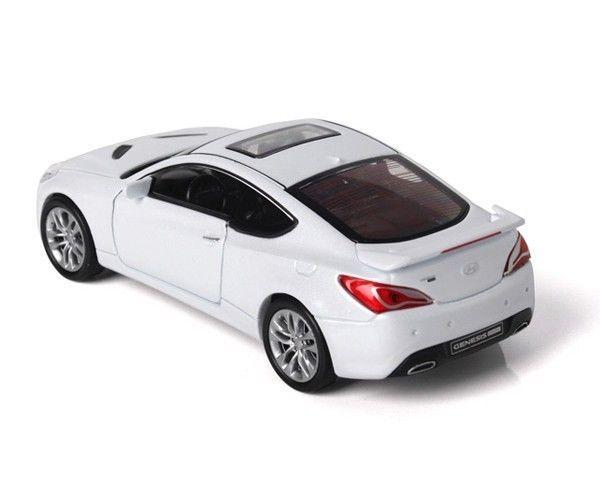 HyunDai Motor Sports Car Genesis Coupe White 1:38 Die Cast
